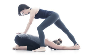 yoga therapy2 300x188 Yoga and yogatherapy
