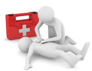 Firstaidosteopat 300x230 Долікарська допомога при раптовій зупинці серця