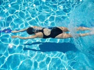 plavat 300x225 Польза плавания